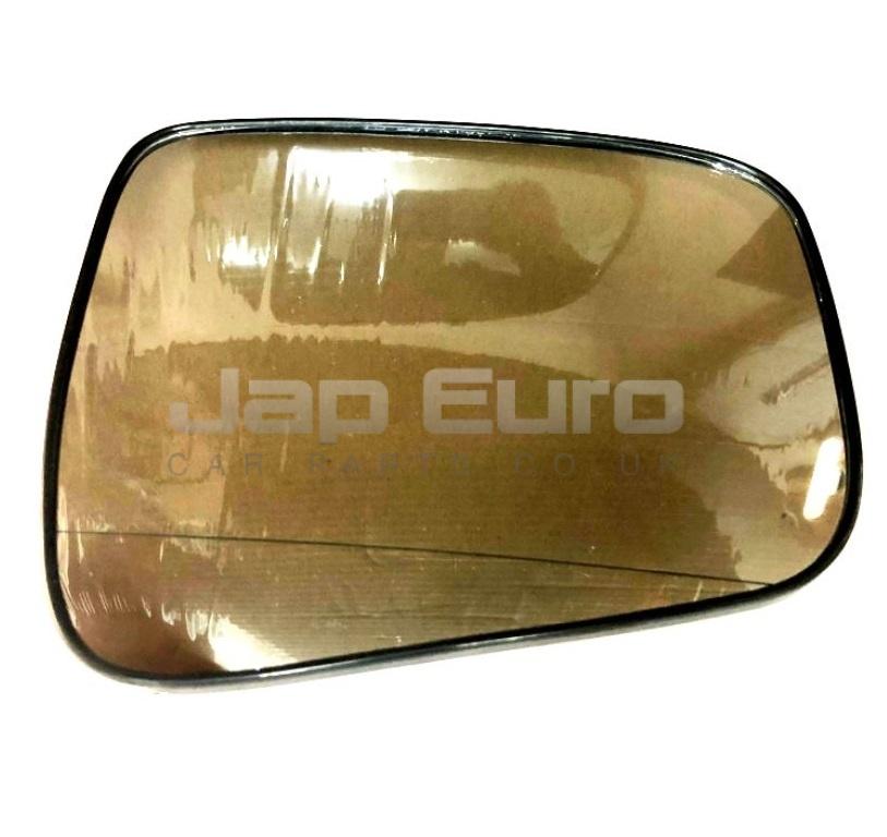 Left Glass Wing Mirror  Nissan Elgrand E51 VQ25DE 2.5i 2004-2010